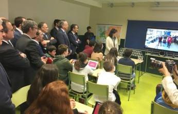 Presentación Escuelas Conectadas en Asturias. Foto de El Digital de Asturias.