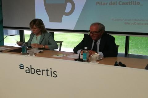 Pilar del Castillo y Eduardo Serra