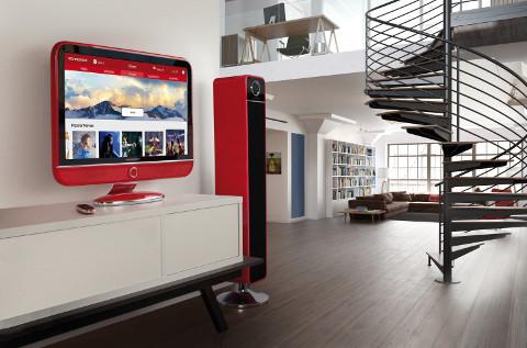 Televisores y altavoces de Schneider.
