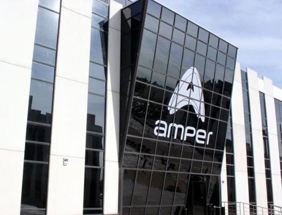 Amper comienza el año con nuevos contratos.