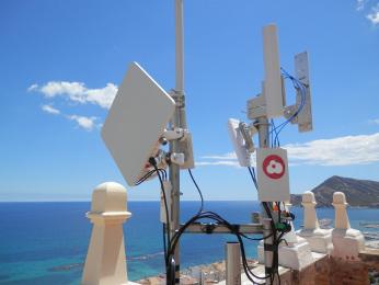 antenas de aeromax y Cambium Networks