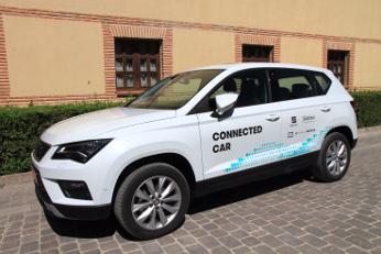 Primer caso de conducción asistida a través de una red móvil en un entorno real España.