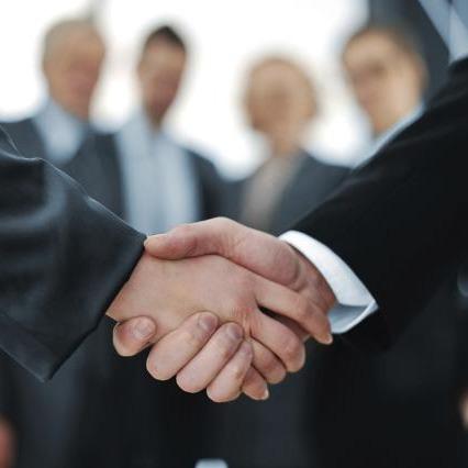 QAD firma con la consultora Acevedo para llegar a las firmas industriales españolas