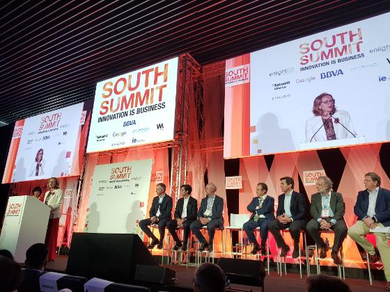 Bases para solicitar ayudas públicas a proyectos pilotos 5G. Anunciadas por la ministra de Economía y Empresa, Nadia Calviño, durante la inauguración del congreso South Summit.