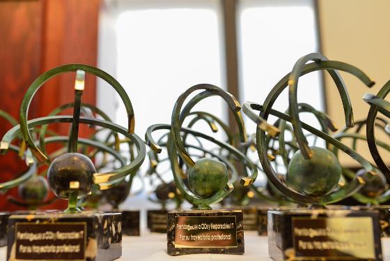 Abierta la 11ª convocatoria para los Premios Aslan a la AAPP.