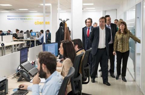 Inauguración de la software factory de Ibermática en Mérida.