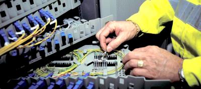 Adif saca a concurso un contrato de mejora de su red de telecomunicaciones.
