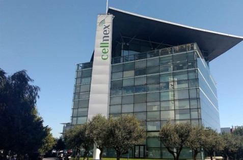 Cellnex compra 1.500 torres a Orange España.