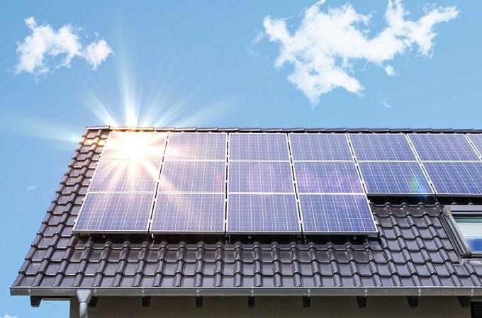 Ayesa investiga la eficiencia de una nueva  generación de células fotovoltaicas