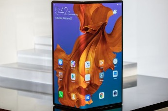 Huawei presenta su smartphone plegable y con 5G, Mate X.