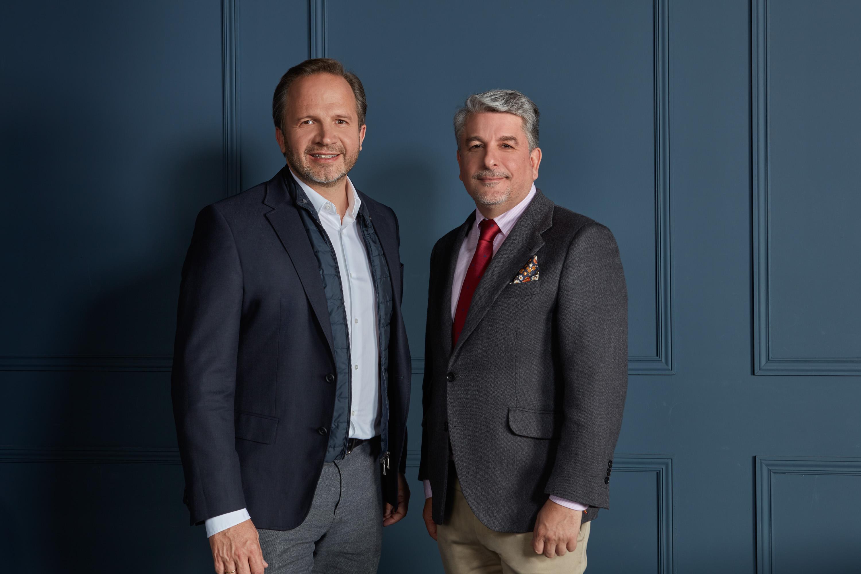 Pablo Alzugaray, CEO y co-fundador de Shackleton, y Juan Pedro Moreno, presidente de Accenture España, Portugal e Israel.
