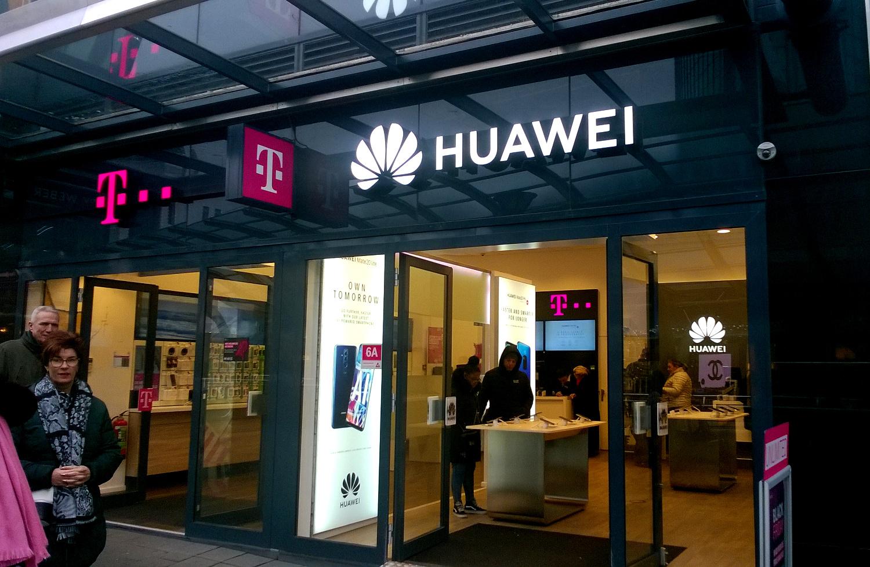 Tienda holandesa que vende móviles de Huawei.
