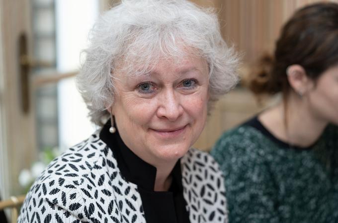 Brunhilde Rygiert, Advisor de Annata.
