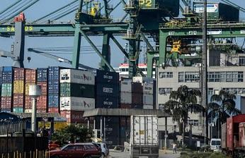 Las tensiones comerciales entre China y Estados Unidos amenazan la buena marcha de las TIC.