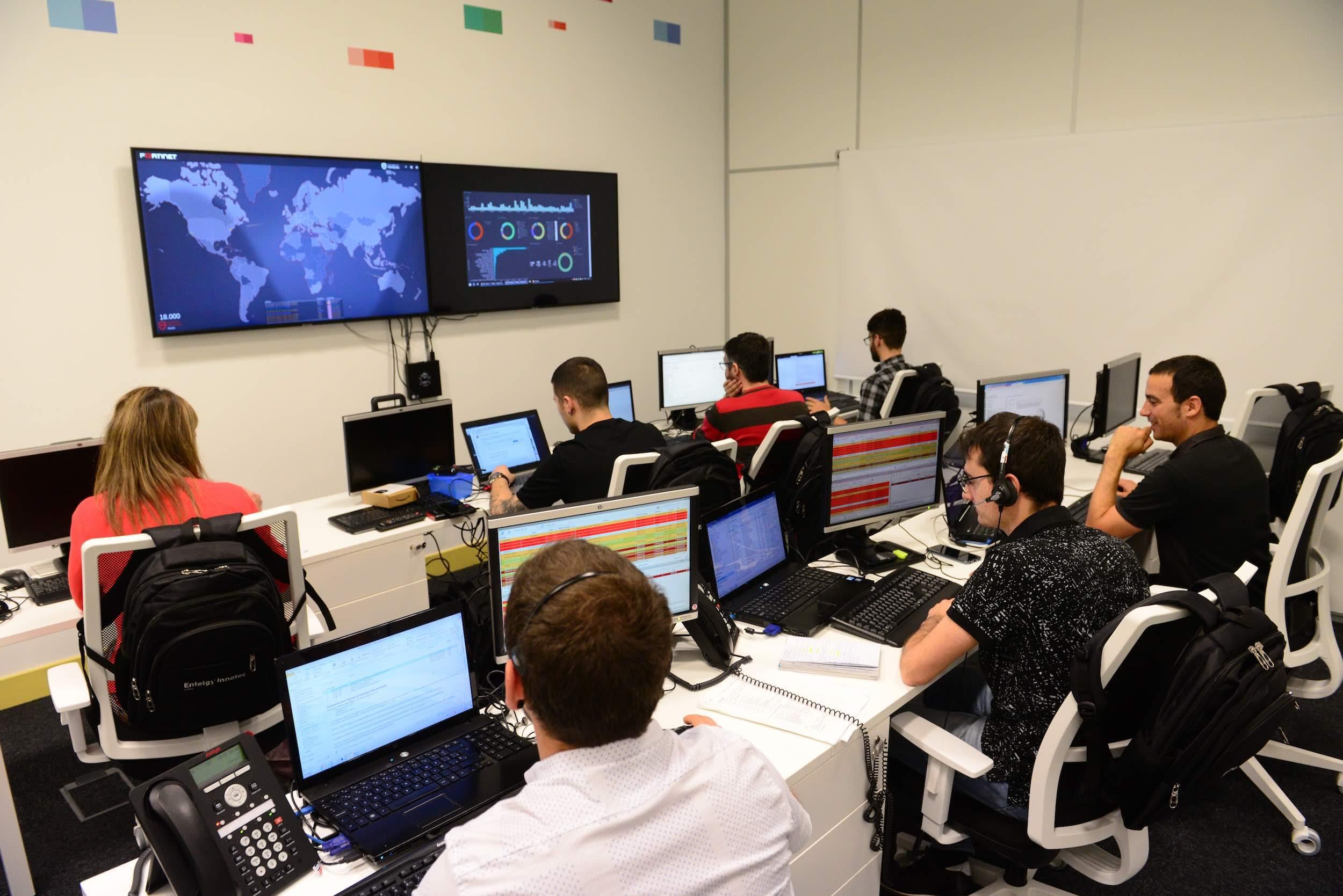 Centro Avanzado de Operaciones de Ciberseguridad Industrial de Entelgy Ibai en Vitoria.