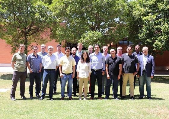 Representantes de las 10 organizaciones que componen el consorcio de ENLIGHT'EM se reunieron en la sede de IMDEA Networks en Madrid los días 13 y 14 de junio para poner en marcha el Proyecto
