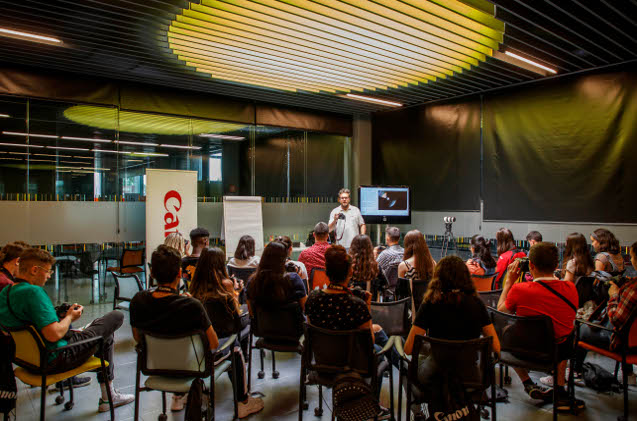 Canon Young Programme