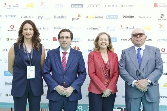 Representación institucional en la primera jornada de DigitalES Summit 2019.
