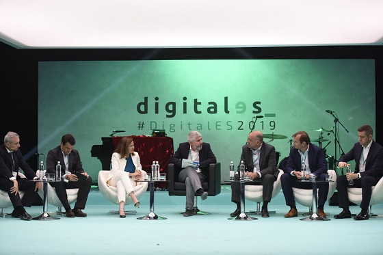 Mesa de debate sobre 5G en DigitalES Summit 2019.