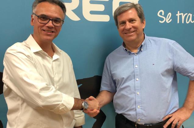 Andrés García, country manager de Retarus en España, y Chuck Cohen, jefe de Ireo.