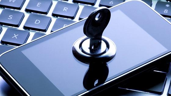 La privacidad y seguridad de los móviles cada vez preocupa más a los españoles.
