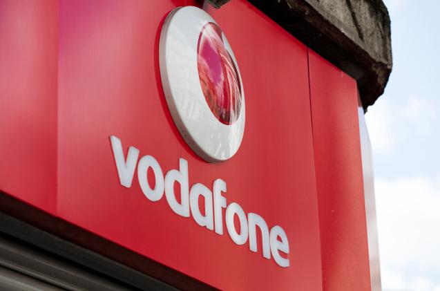 Logo de Vodafone en un cartel.