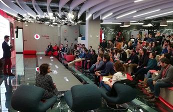 Vodafone celebra la buena marcha de su espacio de co-creación.