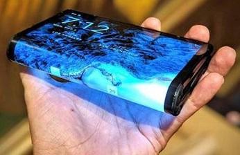 En 2020 arrancará el mercado de los smartphones de pantalla plegable, flexible o enrollable