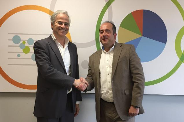 Rafael Quintana, de Qlik, y Juan Antonio Mingorance, de Amura IT.