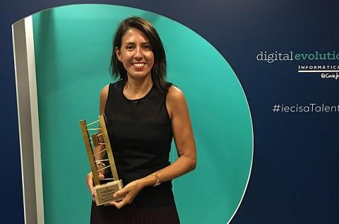 Susana Prado, Directora de Iecisa en Cataluña, recibe el Premio Dona TIC 2019