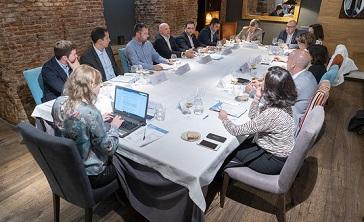 Data Center Market, en colaboración con Nutanix, ha organizado un executive lunch para hablar de la nube.