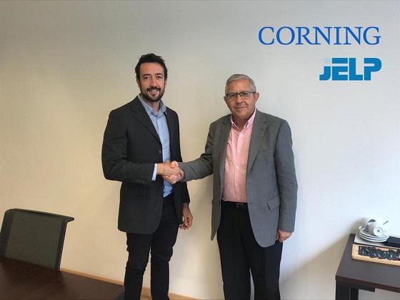 Corning y Jelp desarrollarán conjuntamente fibra óptica.