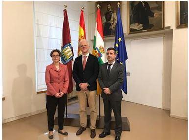 El Ayuntamiento de Logroño firma un convenio de colaboración con COIT y AITER.