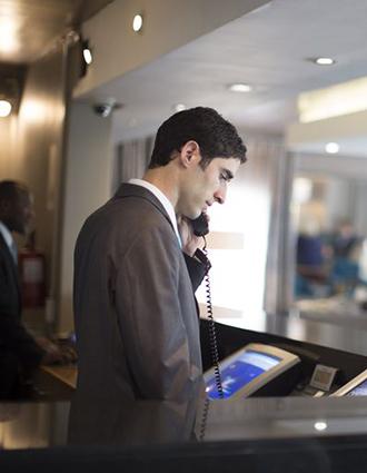 El sector hotelero despunta con IA, nube e IoT