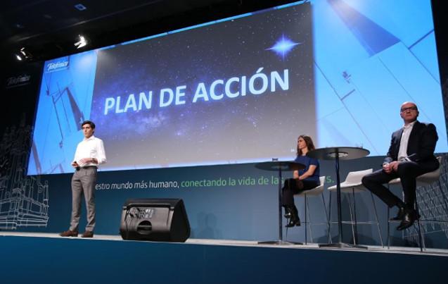 Álvarez-Pallete anuncia la reorganización en Telefónica.