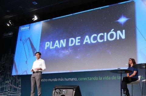José María Álvarez-Pallete anuncia la reorganización de Telefónica.