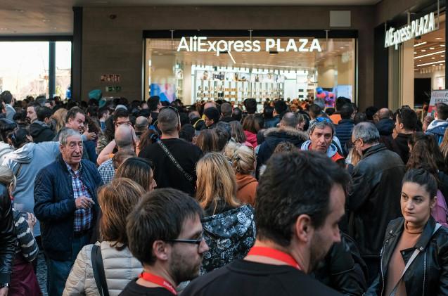 Apertura de tienda de AliExpress en Barcelona.