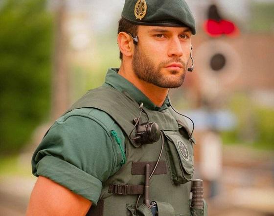 La Guardia Civil elige las comunicaciones móviles de Vodafone.