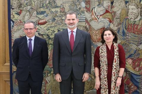 Enrique Lores, Felipe VI y Helena Herrero