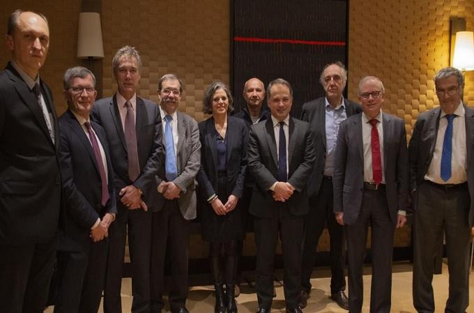 6ª reunión del Consejo Científico Cuántico de Atos en su sede en Bezons