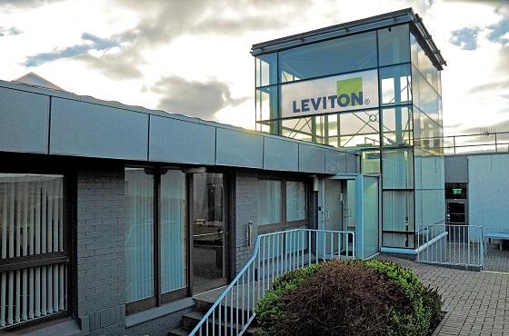 Brand-Rex pasa a ser Leviton Manufacturing UK Limited.