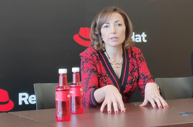 Julia Bernal, country manager de Red Hat.