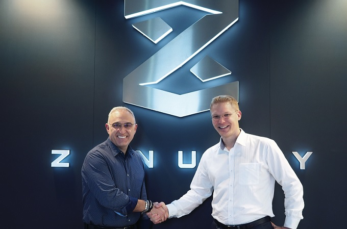 Antonio Neri, Director General de HPE, y Dennis Nobelius, Director Ejecutivo de Zenuity