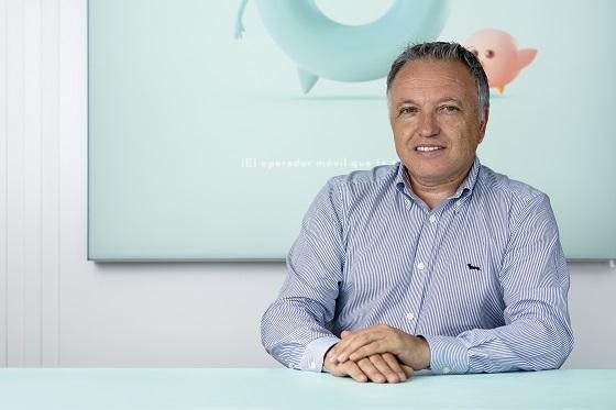 Santos Castro, director general de Oniti Telecom,