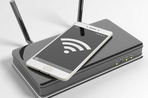 Routers, smartphones y mascarillas, la aportación de MásMóvil.