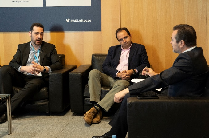 Debate entre Enrique Salgado, global IT manager de Cabify, y Santiago Campuzano, director regional de Citrix Iberia, moderado por Ambrosio Rodríguez, Director de Computing