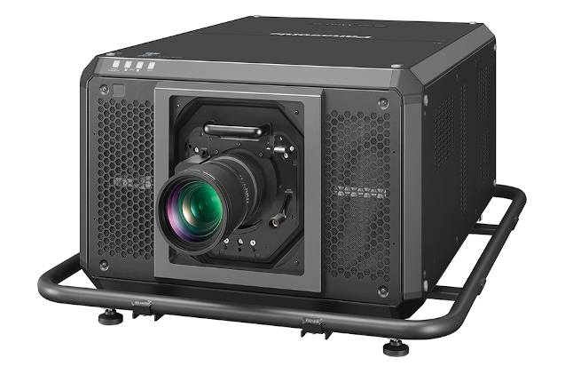 Proyector de Panasonic PT-RQ50K.