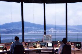torre de control Indra y Microsoft