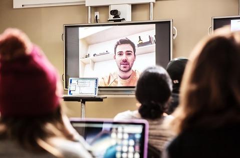 Conectividad para todos: hacia un futuro digital más inclusivo.