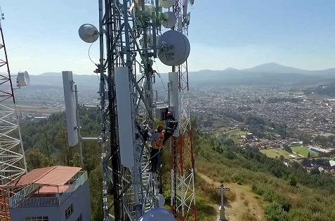 Hispasat amplía la red compartida de Altán en zonas remotas de México.